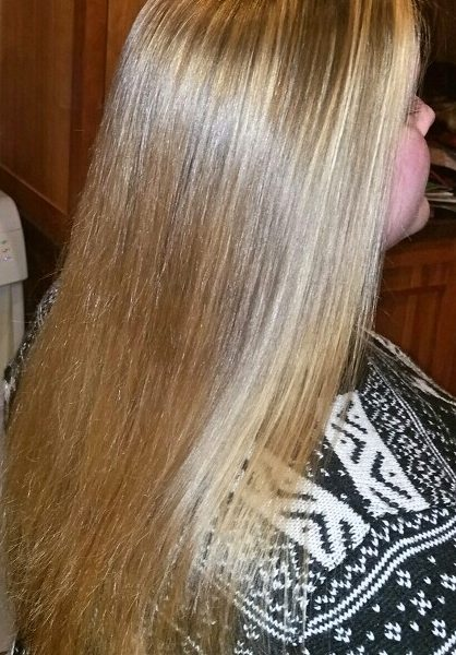 long blonde hair with lowlights